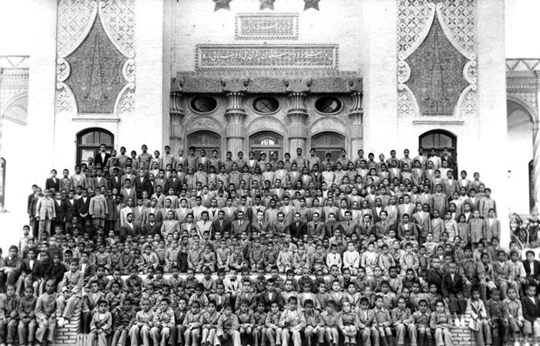 سرویس مدارس در زمان پهلوی اول