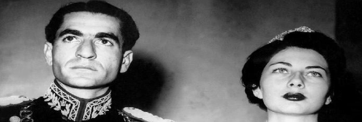 محمدرضا پهلوی و ثریا اسفندیاری هنگام تماشای برنامه هنری در تئاتر مسکو