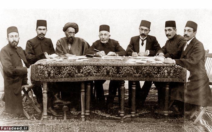 تصویر متن استیضاح رضا خان توسط  آیت الله مدرس و دیگران