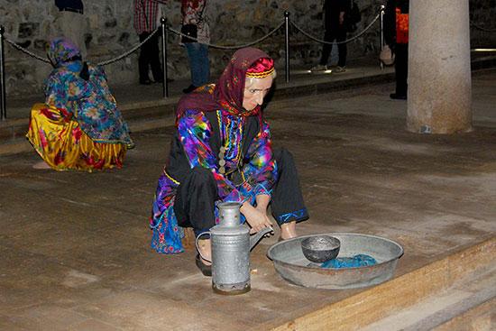 رنجِ و مشقت «زنان رختشور» در ادوار گوناگون تاریخ+تصاویر بازسازی شده