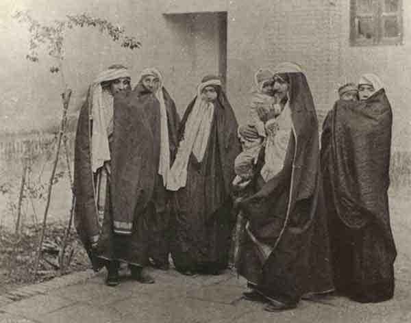 حجاب طبقات مختلف ایرانی از نگاه پیر لوئی