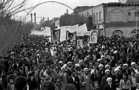 راهپیمایی فرمایشی حکومت در محکومیت قیام 19 دی!