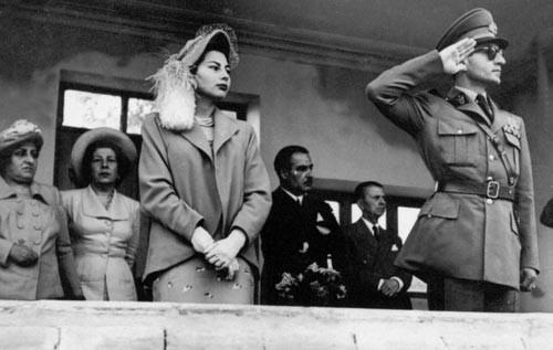کمک میلیونی پهلوی دوم به ثریا برای تداوم خوشگذرانی