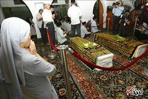 تشییع پیکر  لاله و لادن در سنگاپور