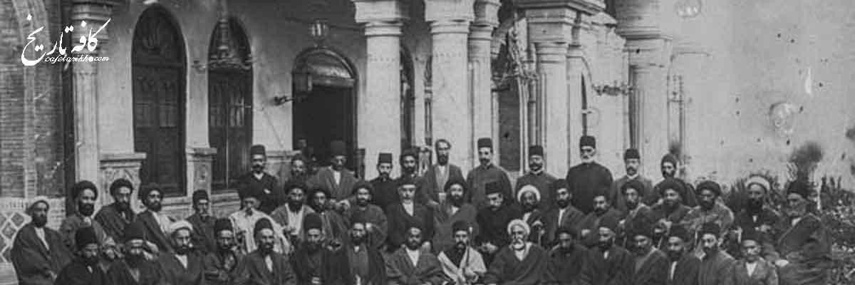 تغییر البسه و فشار به روحانیون