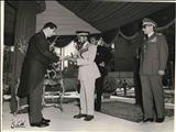 تصویری از سپردن کلید تهران به دیکتاتور آفریقایی