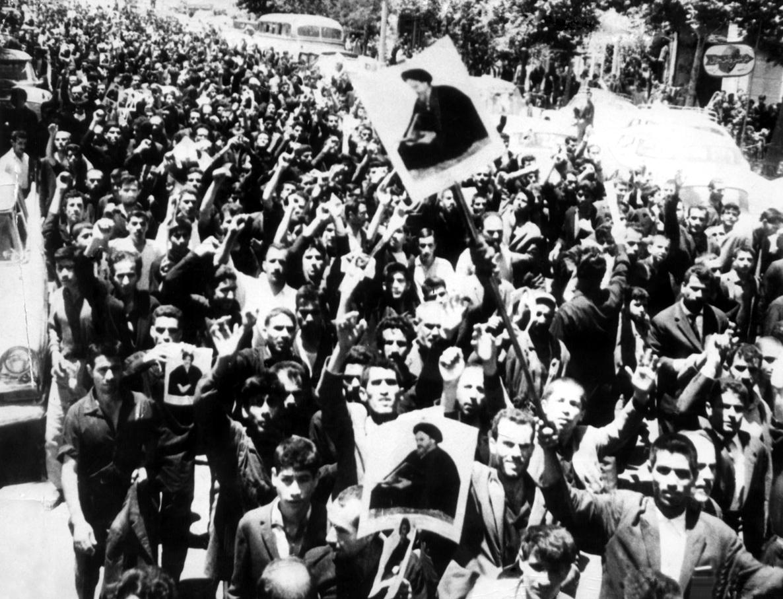 سندی درباره حمایت کنگره سازمانهای جبهه ملی ایران در اروپا از قیام 15 خرداد
