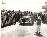 محمدرضا پهلوی و ملک سعود سوار بر اتومبیل بدون سقف