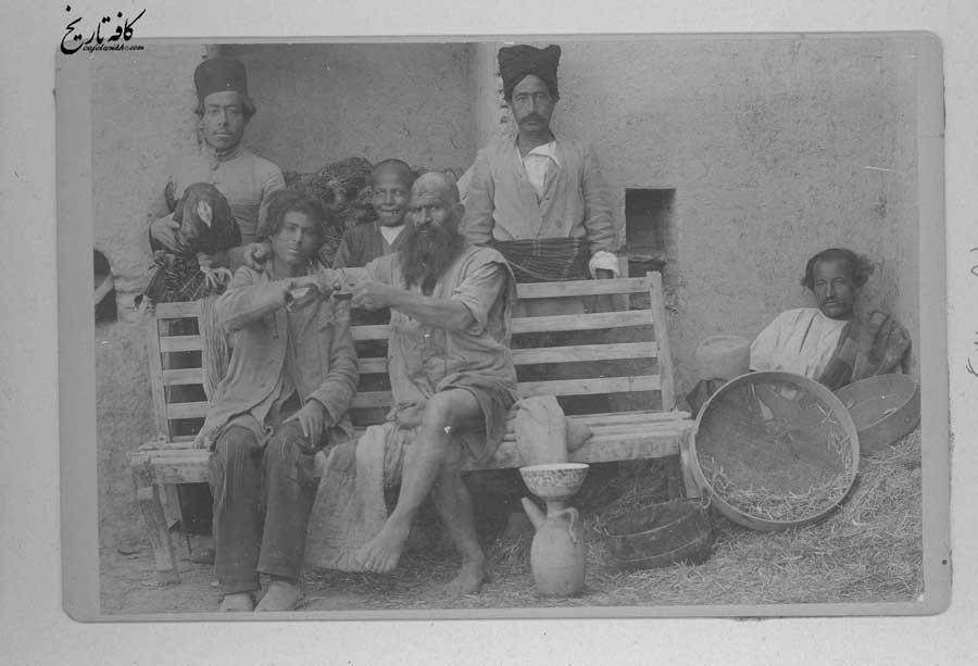 یکی از الواط اصفهان و نوچه هایش