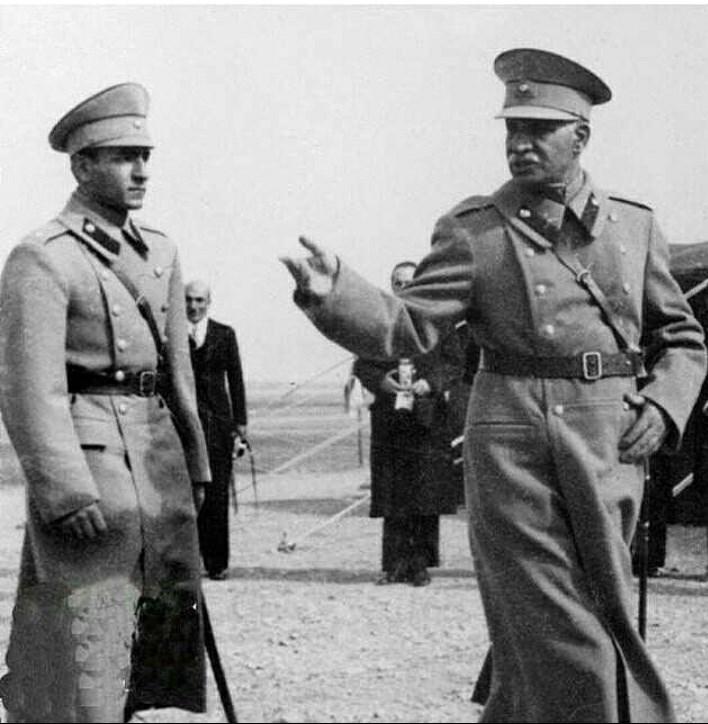 تاخیر روسیه و ترکیه در به رسمیت شناختن پادشاهی رضاشاه