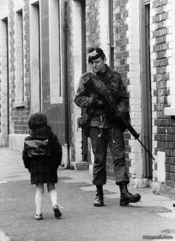 سرباز انگلیسی و کودک متعجب/1981