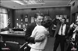 عکسی دیده نشده از هم آغوشی رونالد ریگان و همسرش نانسی