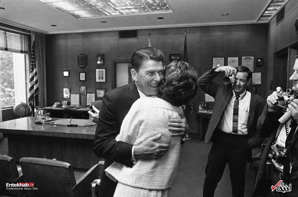 هم آغوشی ریگان و همسرش