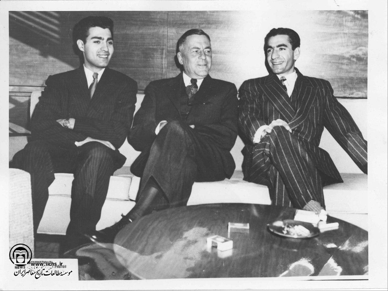 لایحه از کجا آورده ای؛ نمایش ظاهری حکومت پهلوی دوم در مبارزه با فساد اقتصادی