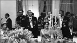 بازدید الیزابت دوم ملکه انگلستان از اماکن تاریخی اصفهان