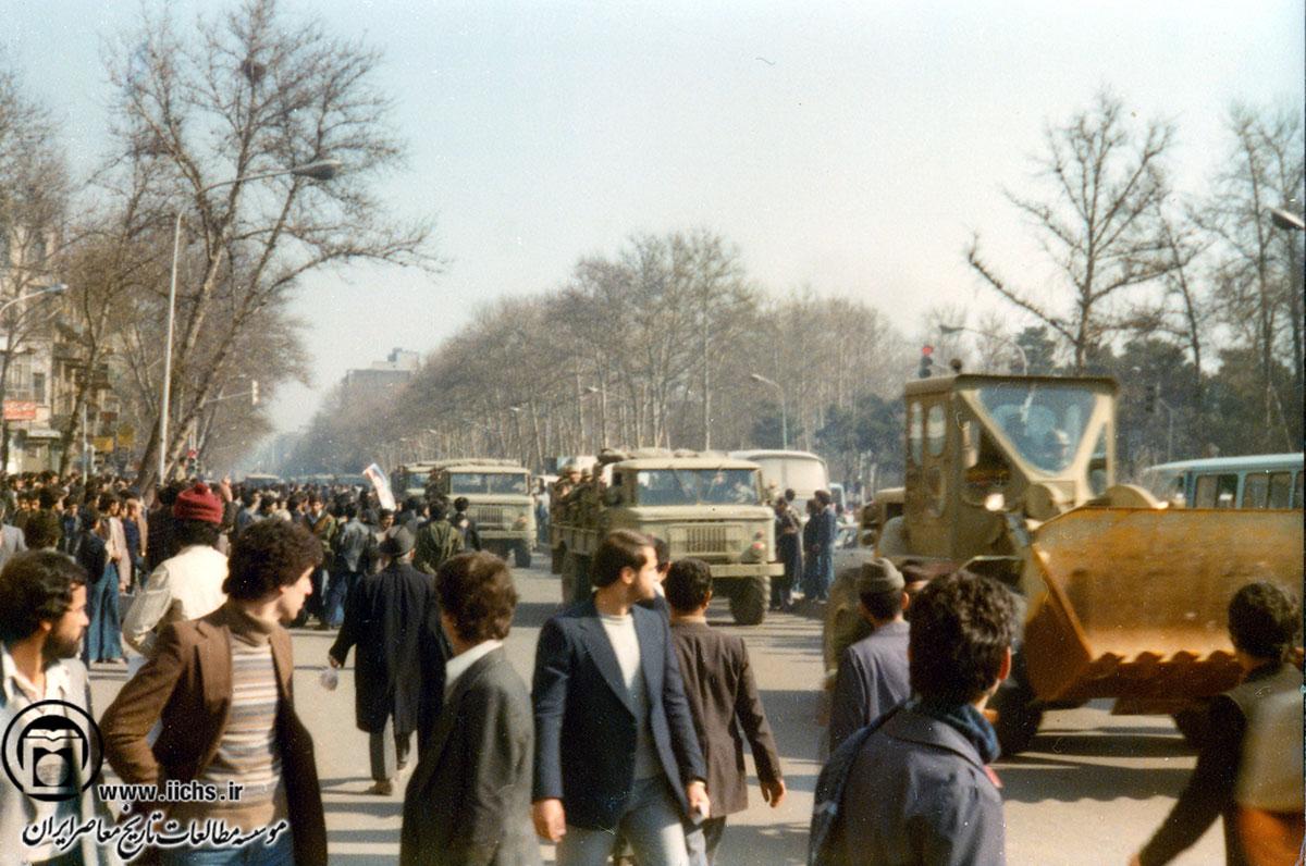 فعالیتهای سفارتخانه های غربی در برهه انقلاب