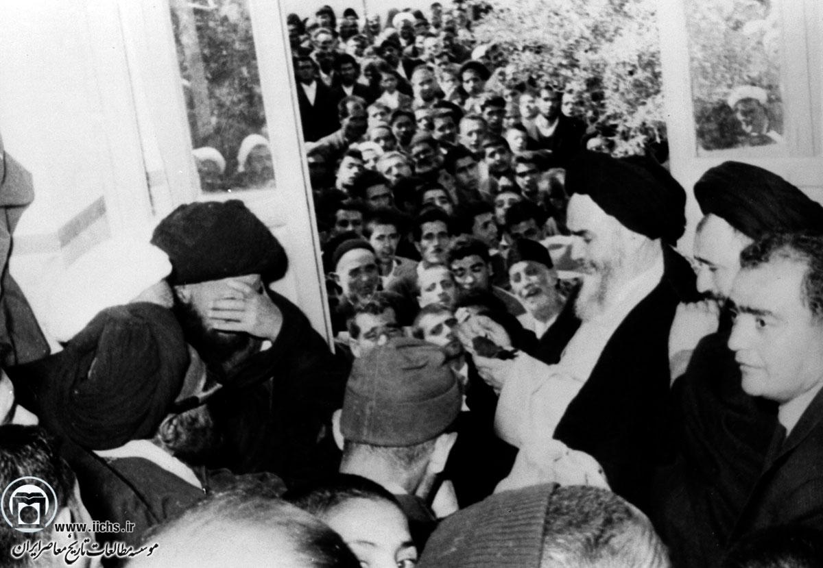 زمینه های نگارش مقاله «ایران؛ استعمار سرخ و سیاه»