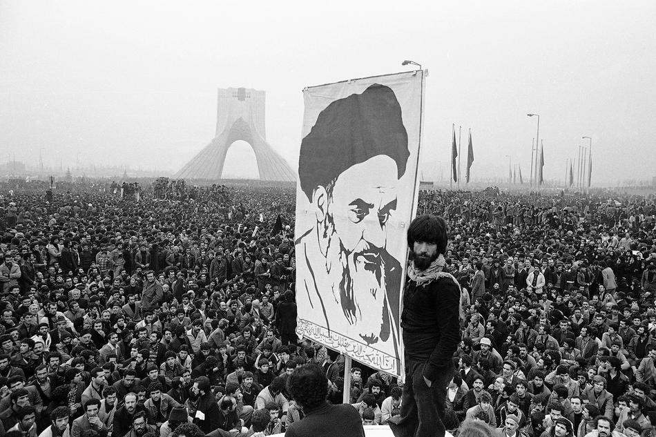 روزهای پیروزی انقلاب به روایت دبیر سرویس عکس اطلاعات