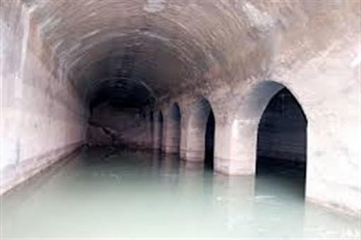 رسیدن آب به سطح زمین با هزینه و زحمت بسیار